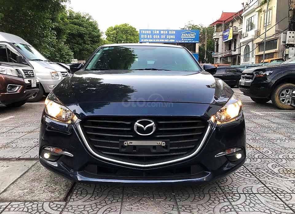 Cần bán gấp Mazda 3 năm 2018, màu xanh lam (1)