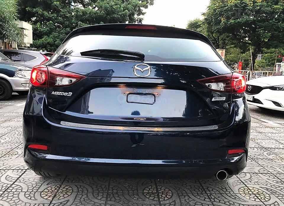 Cần bán gấp Mazda 3 năm 2018, màu xanh lam (4)