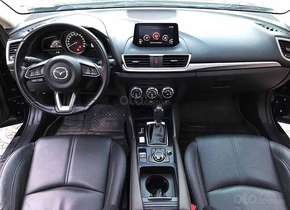 Cần bán gấp Mazda 3 năm 2018, màu xanh lam (5)