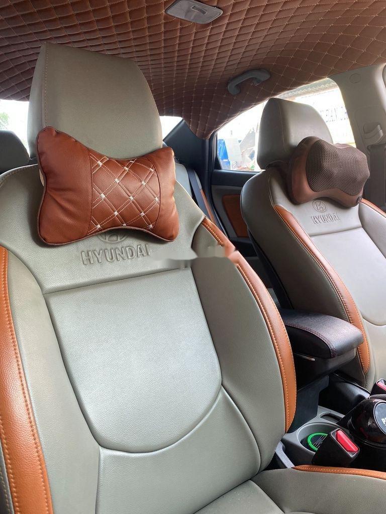 Cần bán lại xe Hyundai Accent 2011, màu xám, xe nhập chính chủ, giá tốt (5)