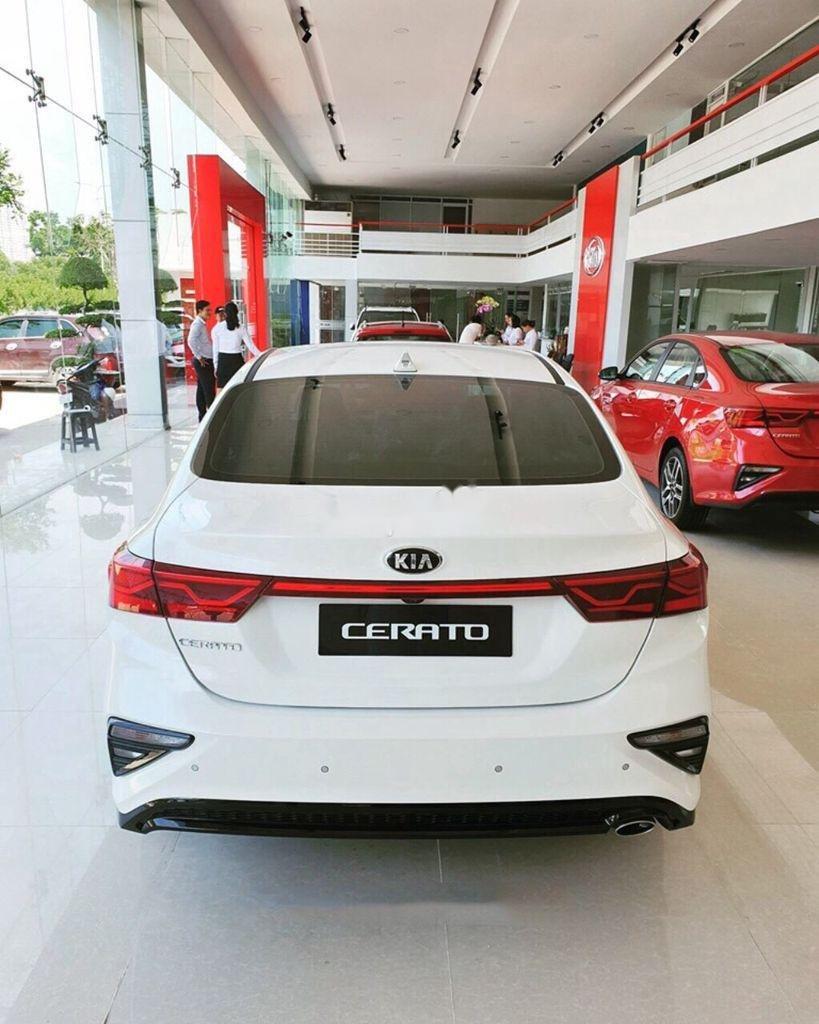 Cần bán xe Kia Cerato năm 2020, màu trắng, giá 529tr (4)