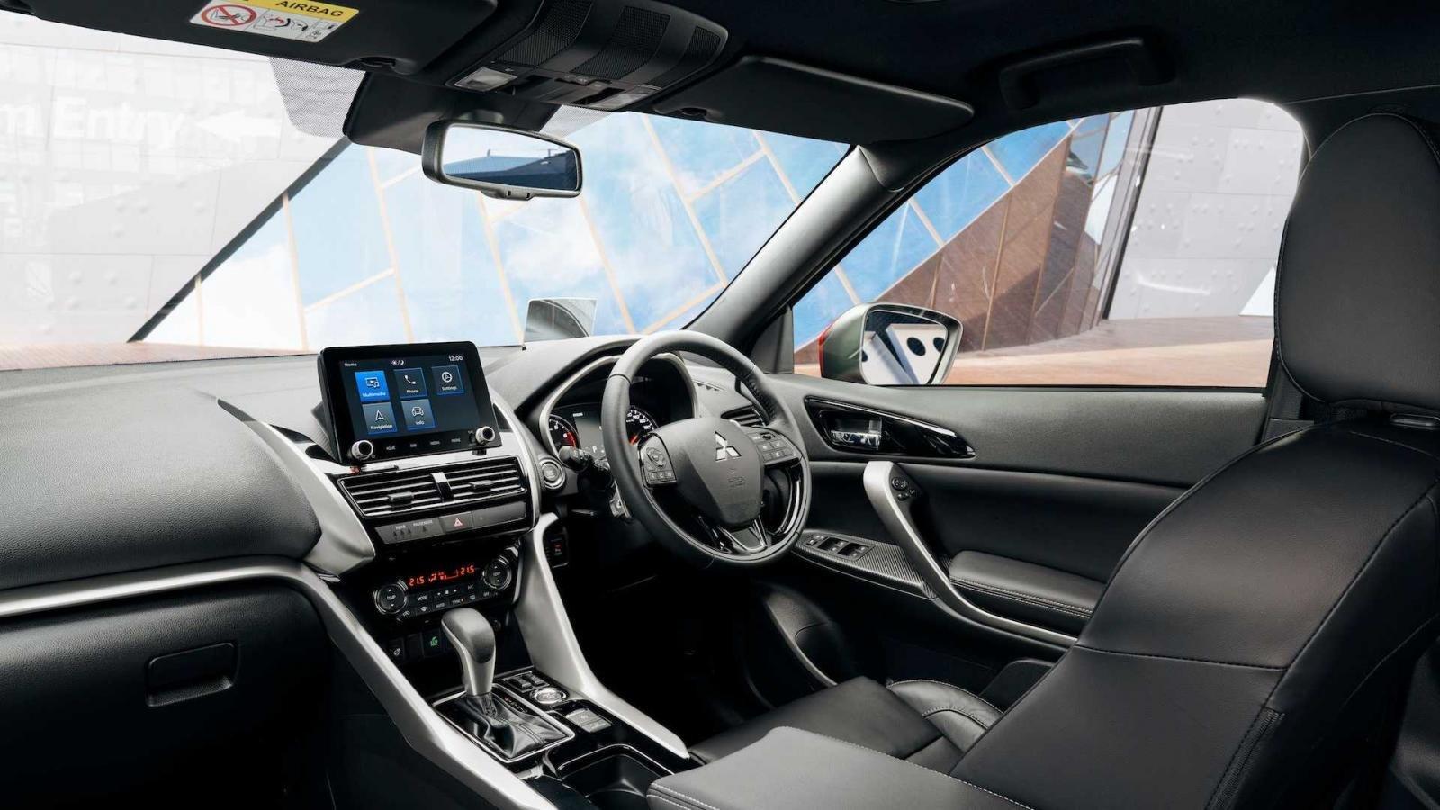 Mitsubishi Eclipse Cross 2022 tinh chỉnh hiện đại hơn.