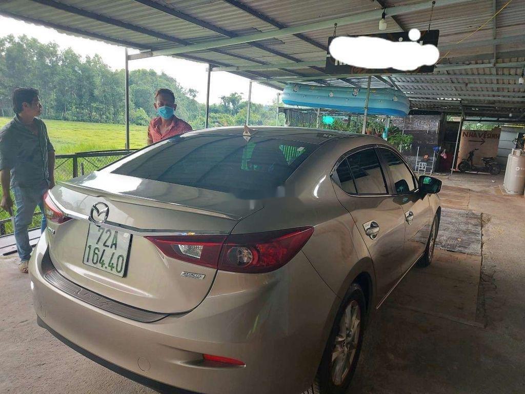 Cần bán gấp Mazda 3 đời 2016, màu vàng, xe nhập chính chủ (5)