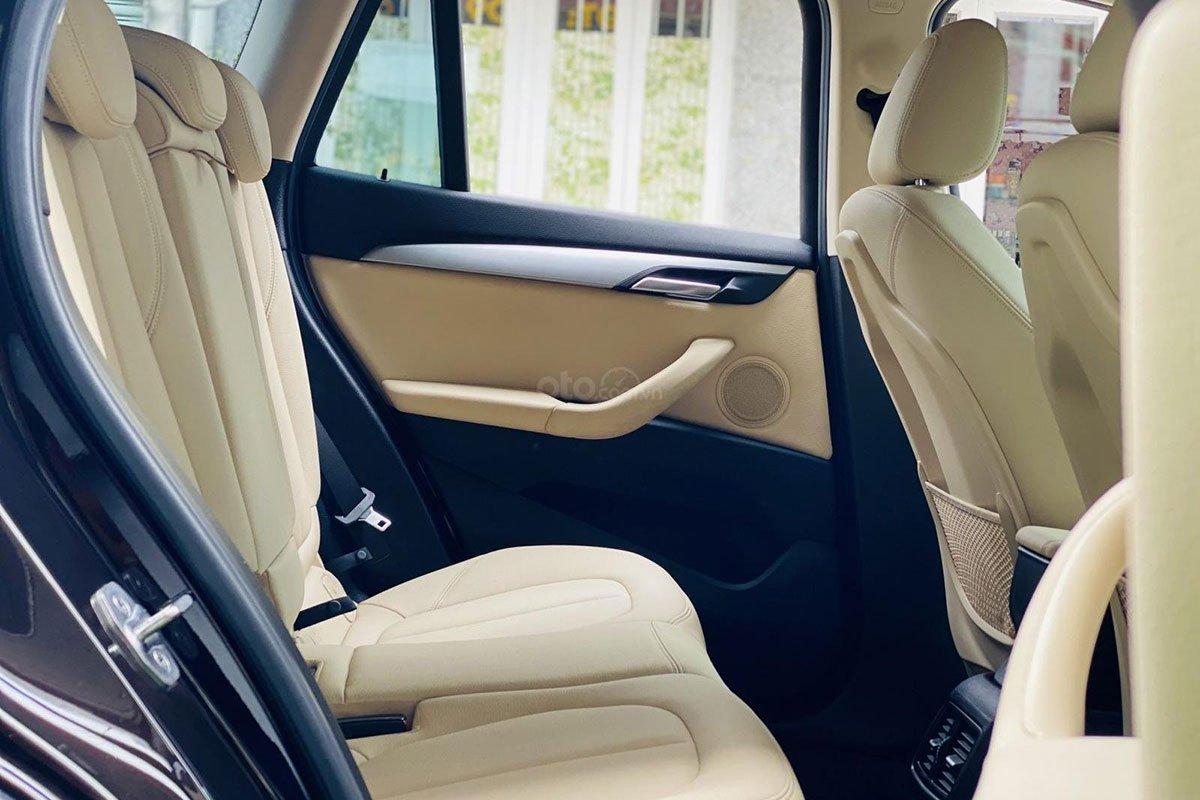 Không gian hàng ghế sau xe BMW X1 2017 1