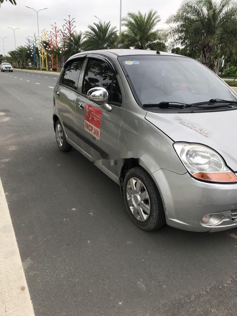 Bán chiếc Chevrolet Spark sản xuất 2014, giá thấp, xe chính chủ (1)