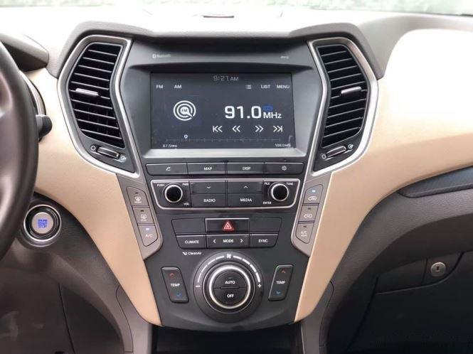 Bán Hyundai Santa Fe đời 2019, màu trắng, bản full option (10)