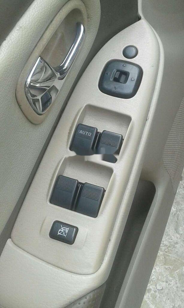Cần bán lại xe Ford Laser sản xuất năm 2003, nhập khẩu, giá mềm (5)