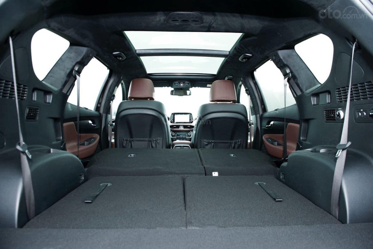 Hyundai Santa Fe đủ màu giảm ngay - siêu khuyến mãi khủng - Giảm ngay 50% thuế trước bạ (4)