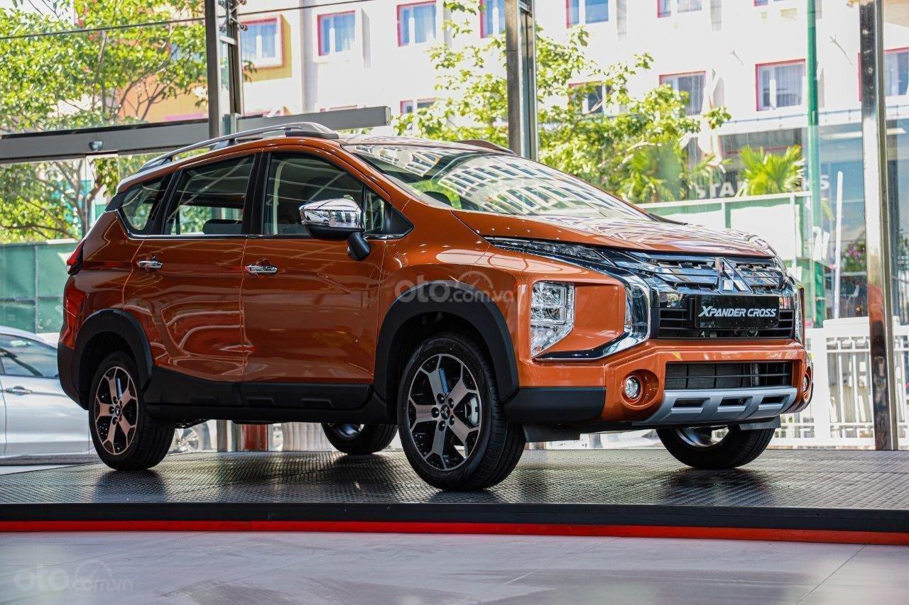 [HOT] Mitsubishi Xpander Cross 2020, giảm tiền mặt, kèm KM khủng, trả trước 150tr nhận xe, đủ màu (2)