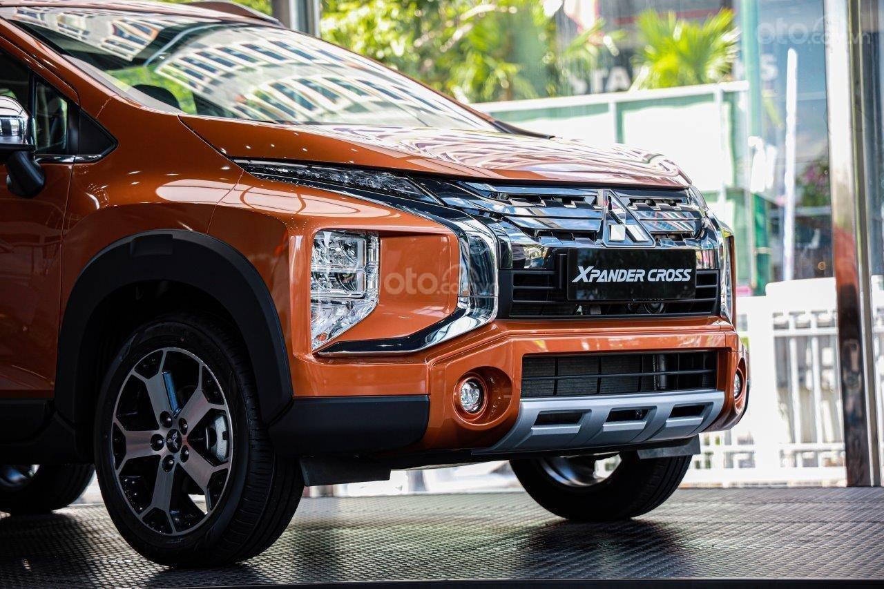[HOT] Mitsubishi Xpander Cross 2020, giảm tiền mặt, kèm KM khủng, trả trước 150tr nhận xe, đủ màu (6)