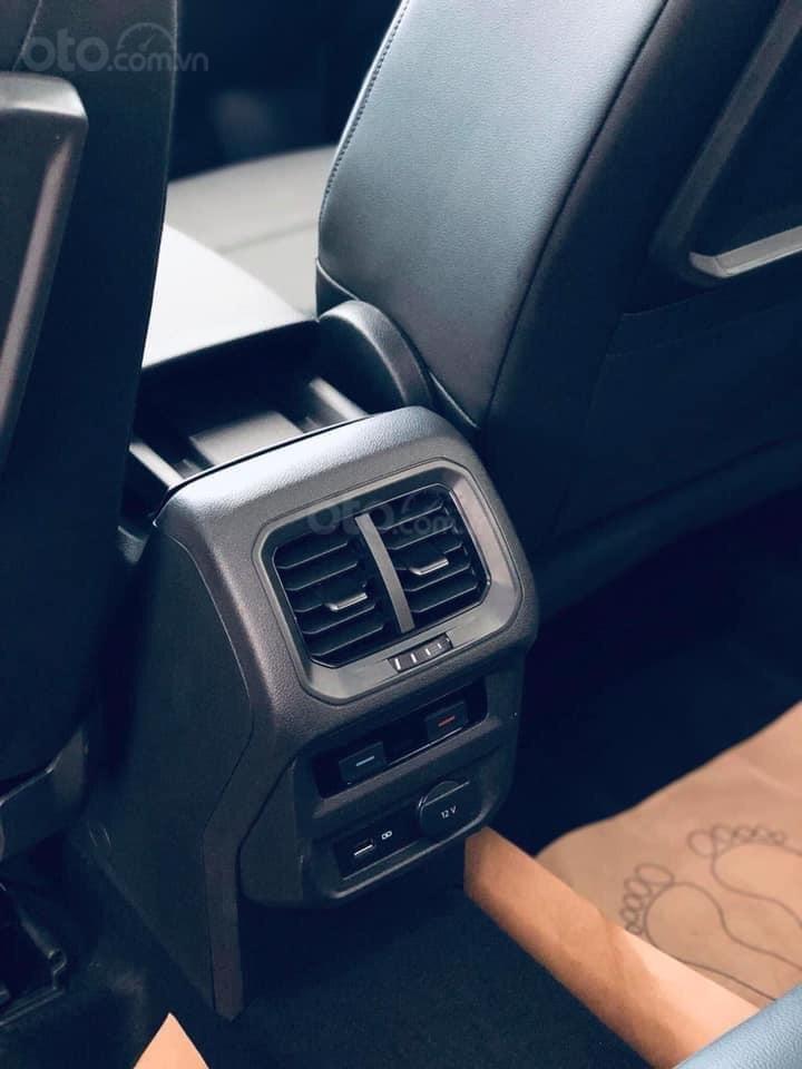 Tiguan Luxury S, 7 chỗ, ưu đãi trước bạ + tặng gói phụ kiện 40triệu - Giao xe ngay tận nhà, LH Ms Uyên để có giá tốt (8)