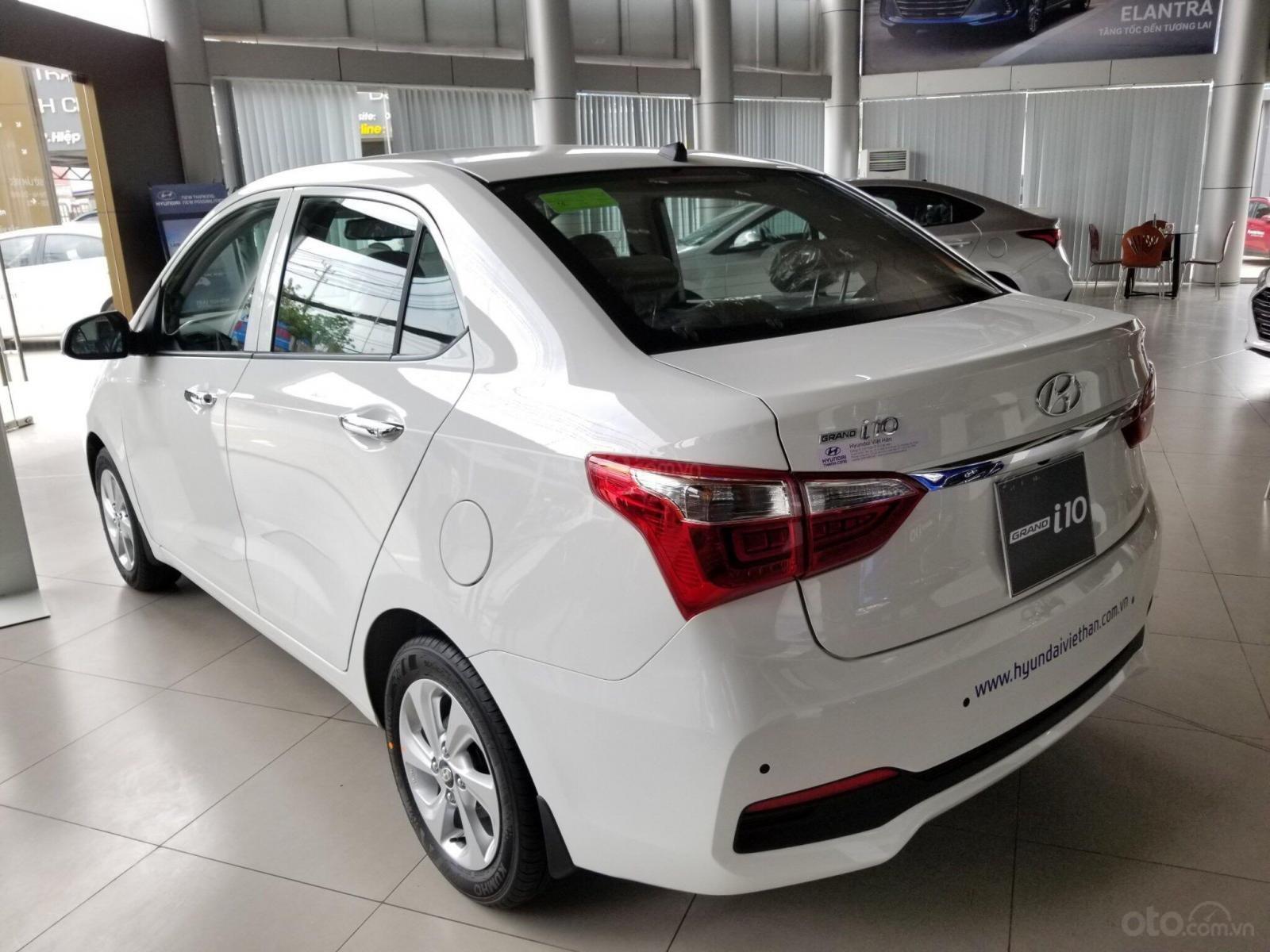 Hyundai I10 giá giảm hết ga - thả ga mua xe - chỉ còn 2 tháng hỗ trợ 50% thuế trước bạ - hỗ trợ ĐK grab (5)