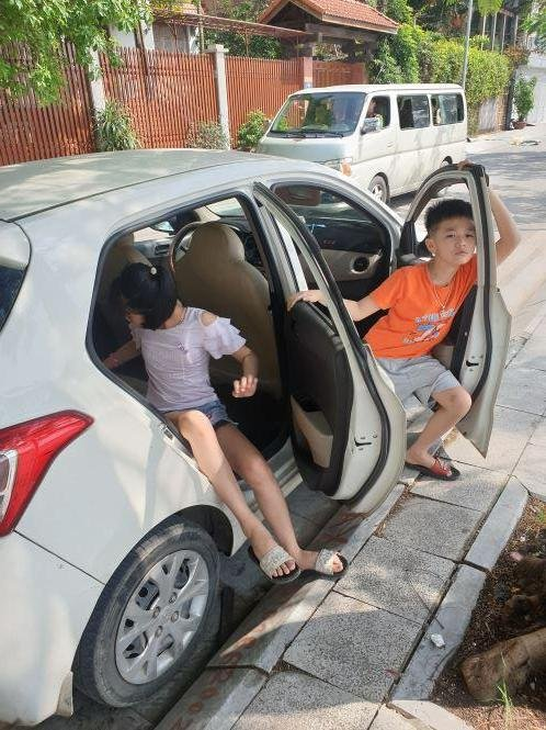Bán Hyundai Grand i10 đời 2016, màu trắng, nhập khẩu nguyên chiếc (5)