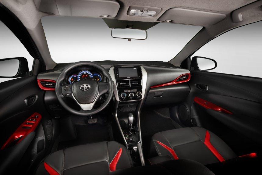 Toyota Vios Sport Package mang đến cảm nhận trực quan mới cho người dùng.