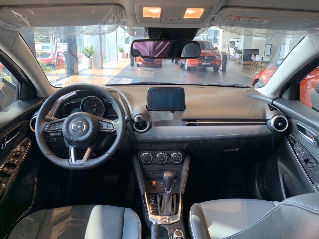 Cần bán Mazda 2 sedan tiêu chuẩn năm 2020, xe nhập, có sẵn xe giao nhanh toàn quốc (9)
