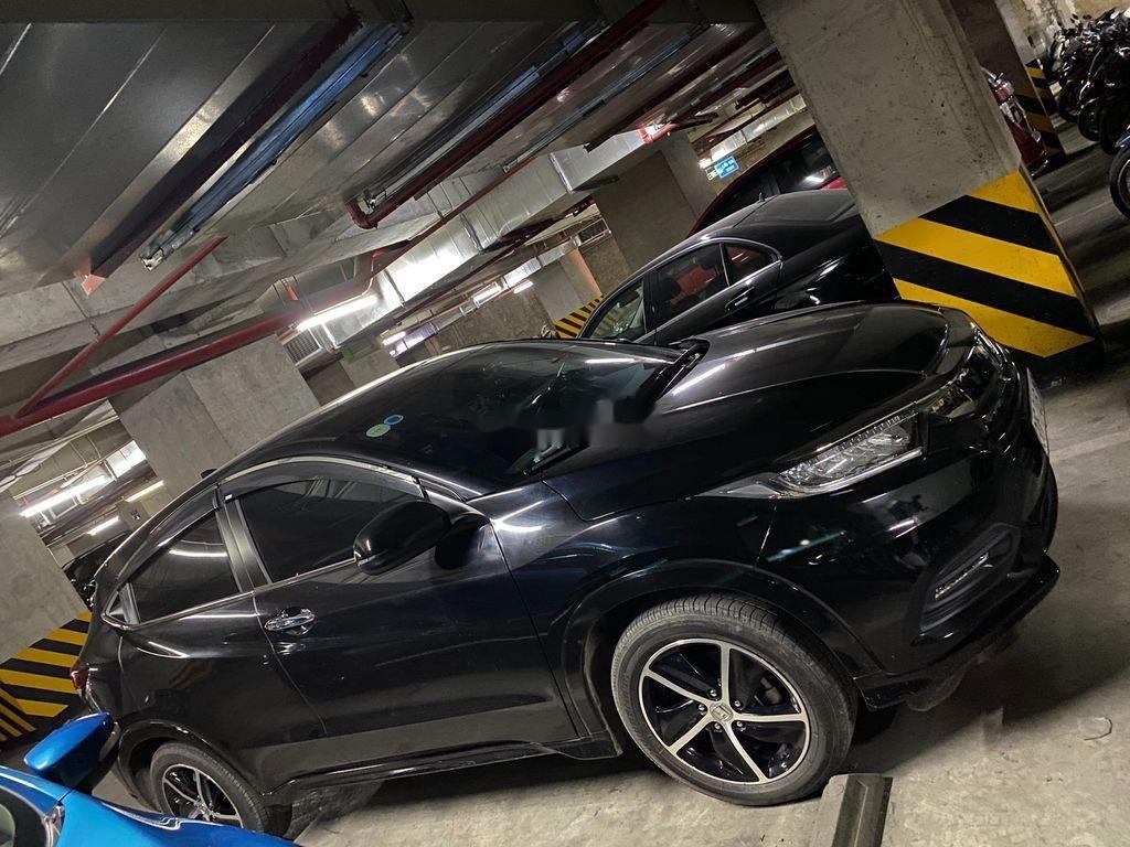 Bán Honda HR-V 2019, màu đen, nhập khẩu, biển Hà Nội (7)