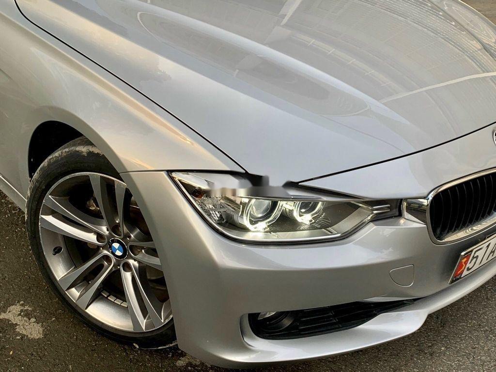 Bán xe BMW 3 Series năm sản xuất 2013, nhập khẩu còn mới, 738tr (2)