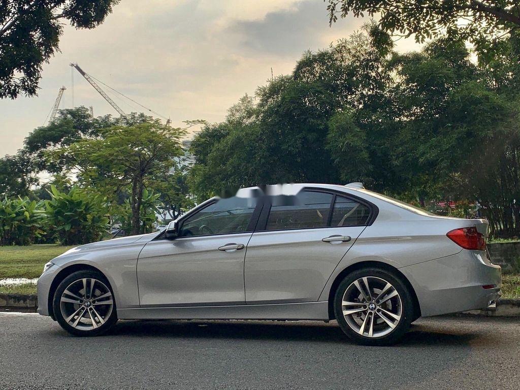 Bán xe BMW 3 Series năm sản xuất 2013, nhập khẩu còn mới, 738tr (4)