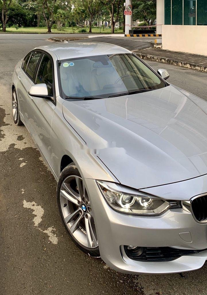 Bán xe BMW 3 Series năm sản xuất 2013, nhập khẩu còn mới, 738tr (1)