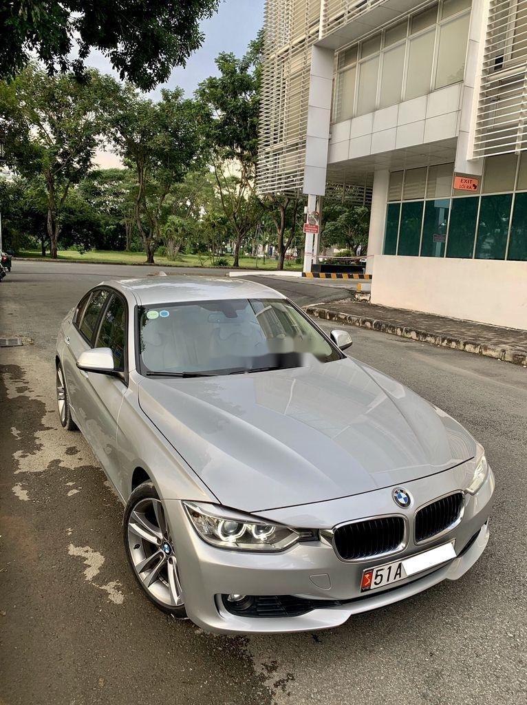 Bán xe BMW 3 Series năm sản xuất 2013, nhập khẩu còn mới, 738tr (8)