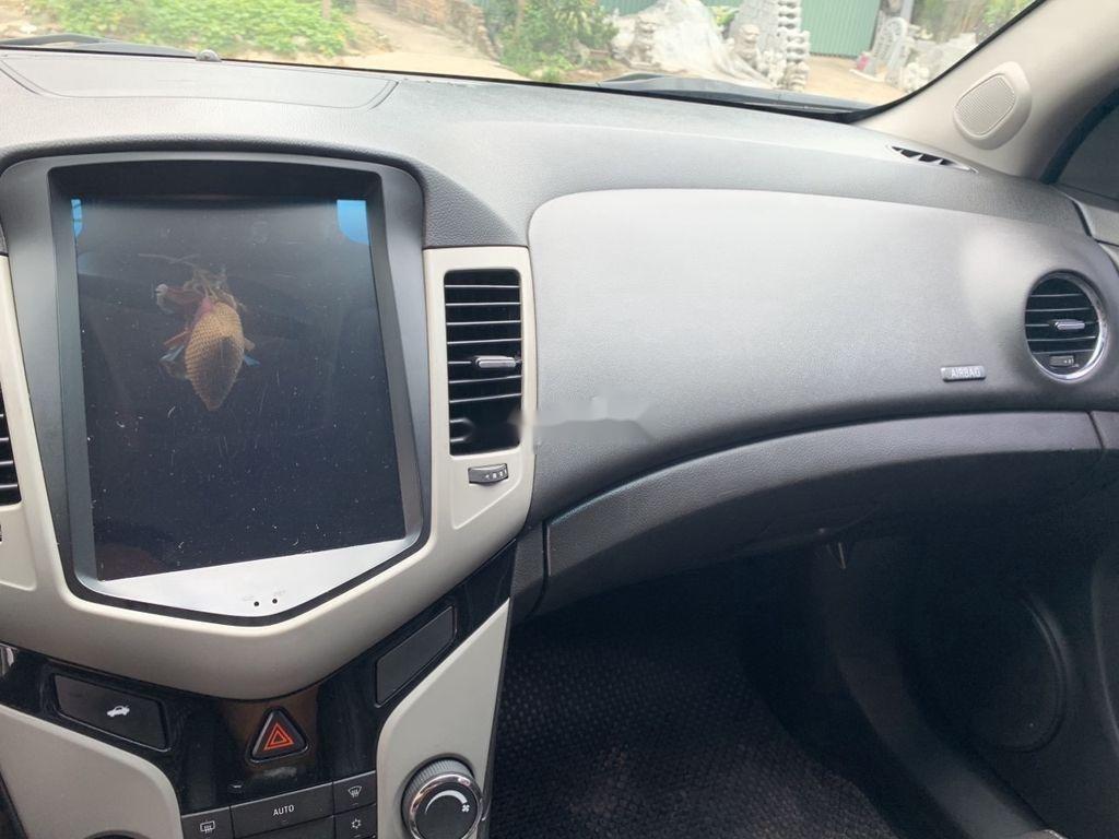Bán Chevrolet Cruze năm 2017 số tự động, giá 360tr (6)