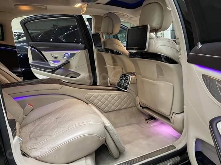 Mercedes Benz S600 Maybach màu đen, nội thất trắng kem, một tuyệt tác siêu phẩm, đời 2016, đi đúng 40.225 km (9)