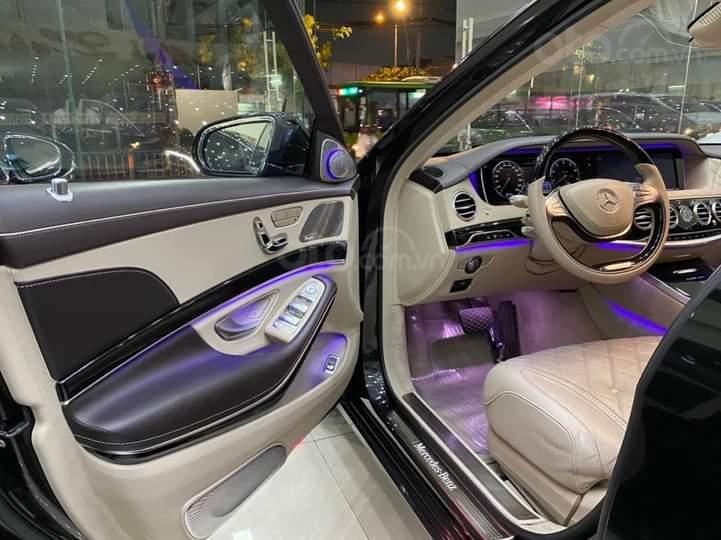 Mercedes Benz S600 Maybach màu đen, nội thất trắng kem, một tuyệt tác siêu phẩm, đời 2016, đi đúng 40.225 km (7)