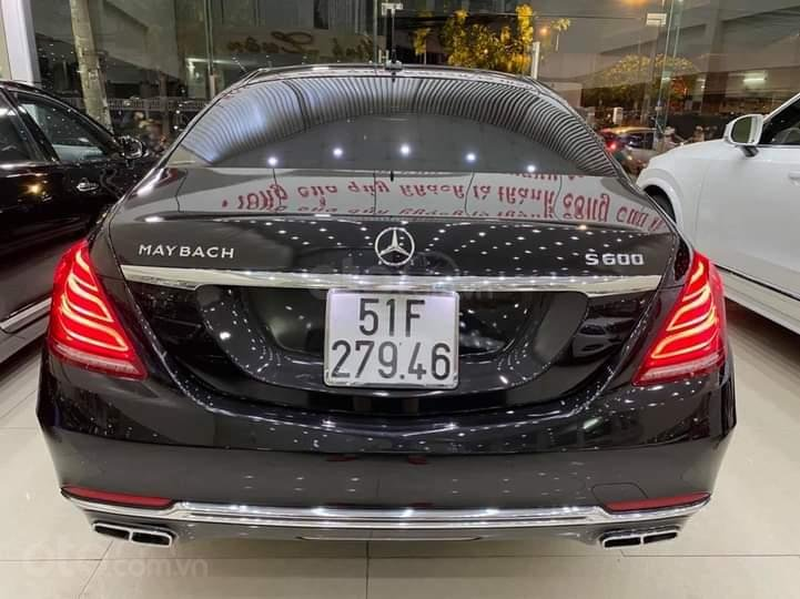 Mercedes Benz S600 Maybach màu đen, nội thất trắng kem, một tuyệt tác siêu phẩm, đời 2016, đi đúng 40.225 km (4)