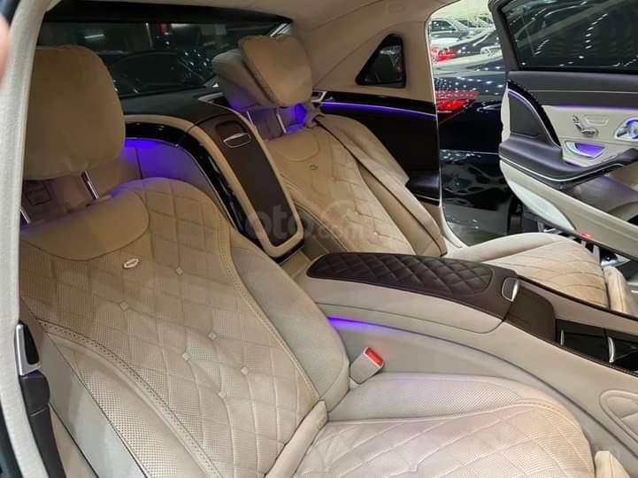 Mercedes Benz S600 Maybach màu đen, nội thất trắng kem, một tuyệt tác siêu phẩm, đời 2016, đi đúng 40.225 km (15)