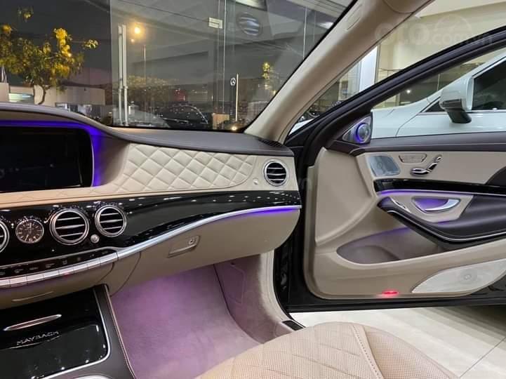 Mercedes Benz S600 Maybach màu đen, nội thất trắng kem, một tuyệt tác siêu phẩm, đời 2016, đi đúng 40.225 km (12)