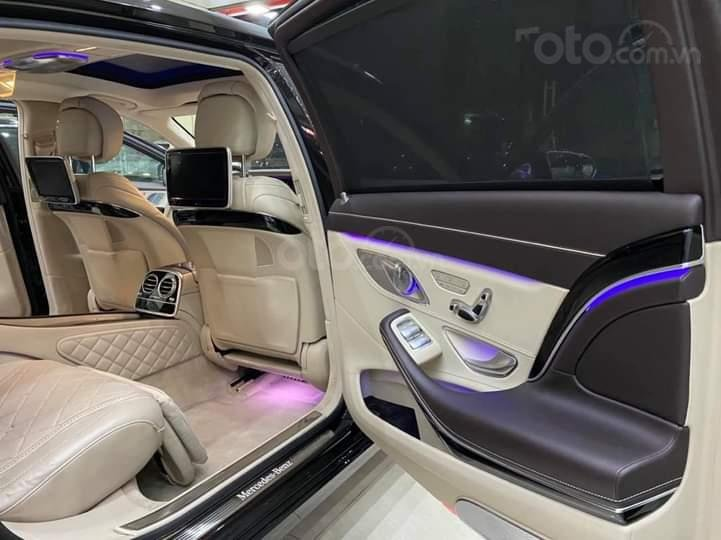 Mercedes Benz S600 Maybach màu đen, nội thất trắng kem, một tuyệt tác siêu phẩm, đời 2016, đi đúng 40.225 km (10)