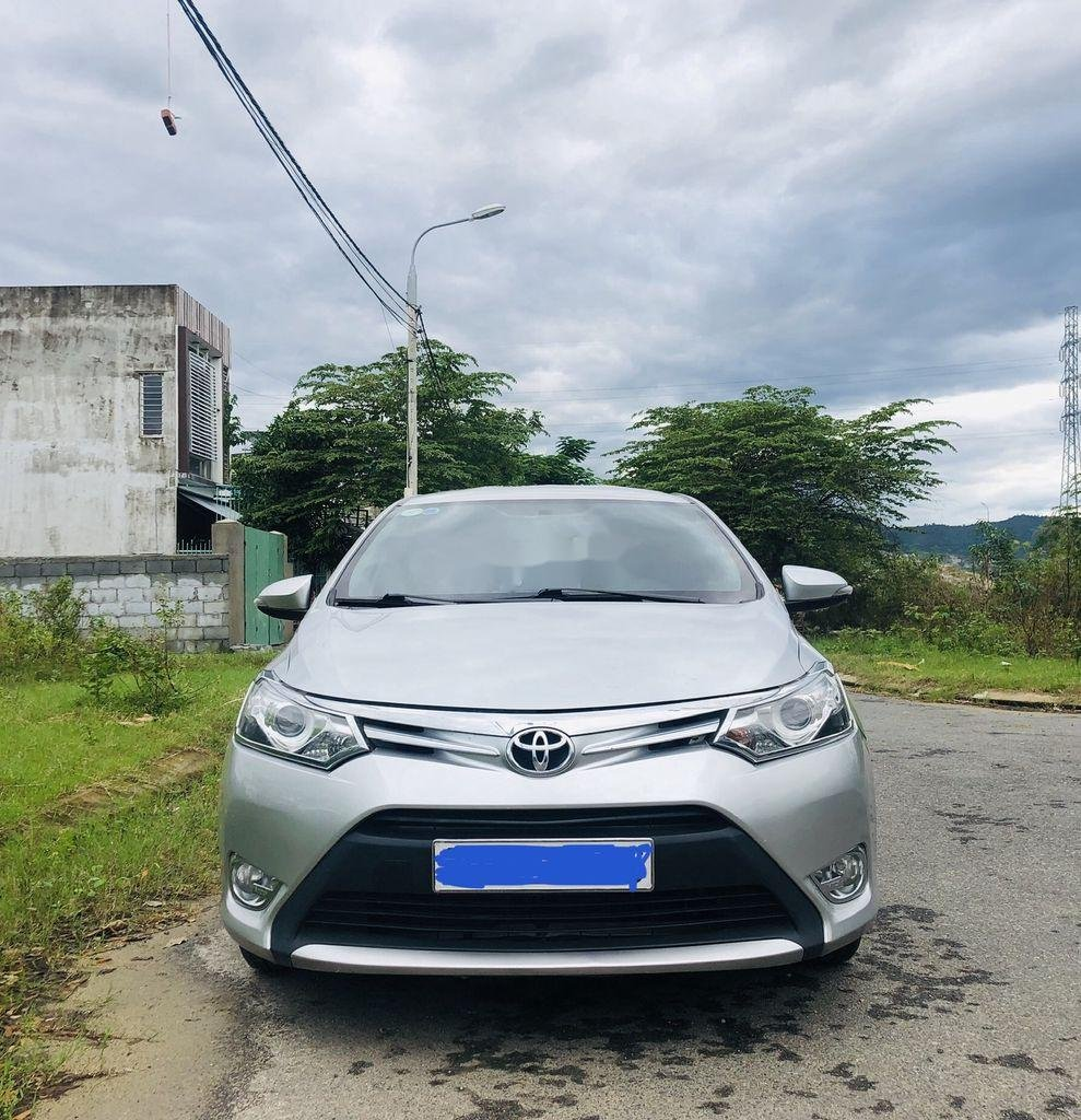 Bán Toyota Vios sản xuất năm 2015, màu bạc số tự động (2)