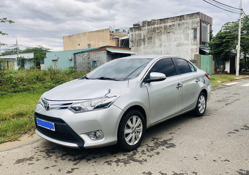 Bán Toyota Vios sản xuất năm 2015, màu bạc số tự động (1)