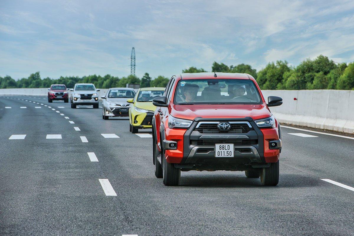 Hành trình Toyota SUV - Đậm chất sống 2.