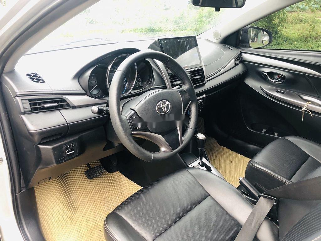 Bán Toyota Vios sản xuất năm 2015, màu bạc số tự động (8)