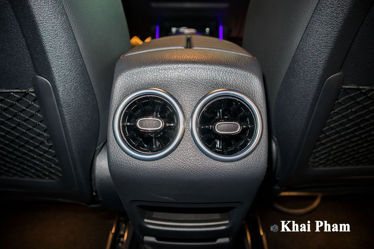 Ảnh Cửa gió sau xe Mercedes-Benz GLB 200 AMG 2020