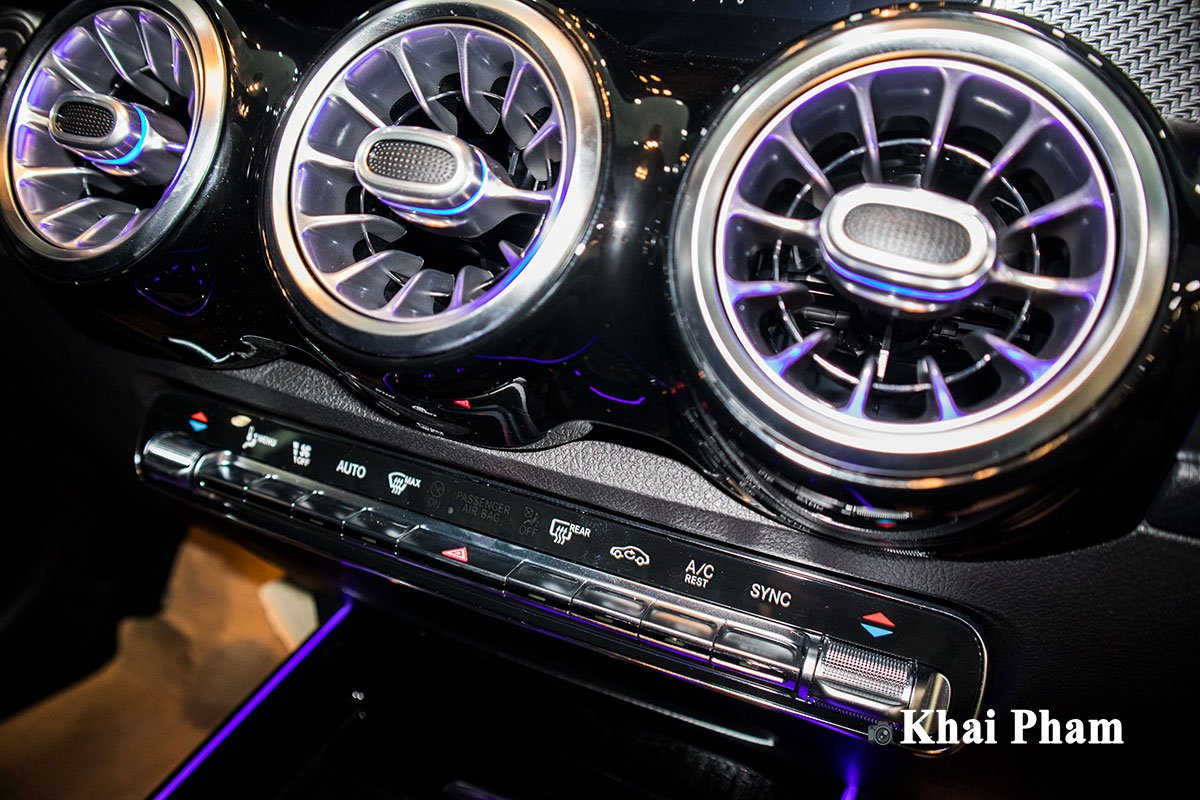 Ảnh Điều hòa xe Mercedes-Benz GLB 200 AMG 2020