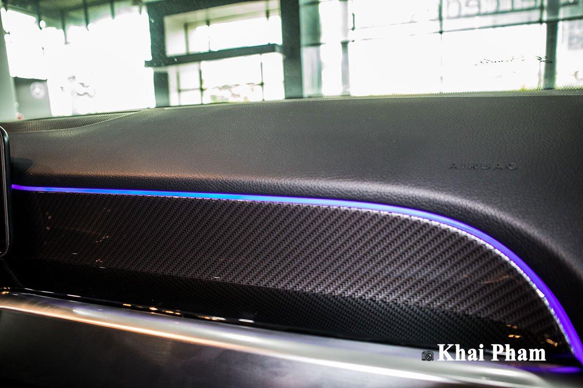 Ảnh Vân carbon xe Mercedes-Benz GLB 200 AMG 2020