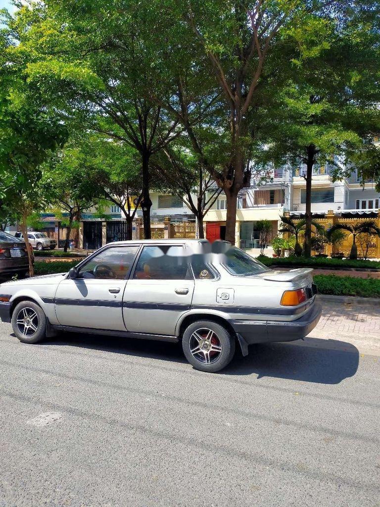 Bán Toyota Corona đời 2000, màu bạc, nhập khẩu nguyên chiếc (1)