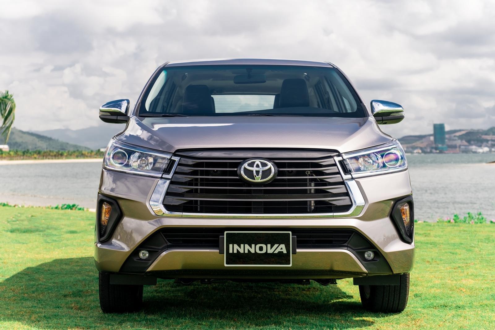 Thông số kỹ thuật xe hơi Toyota Innova 2020: Ngoại thất 1