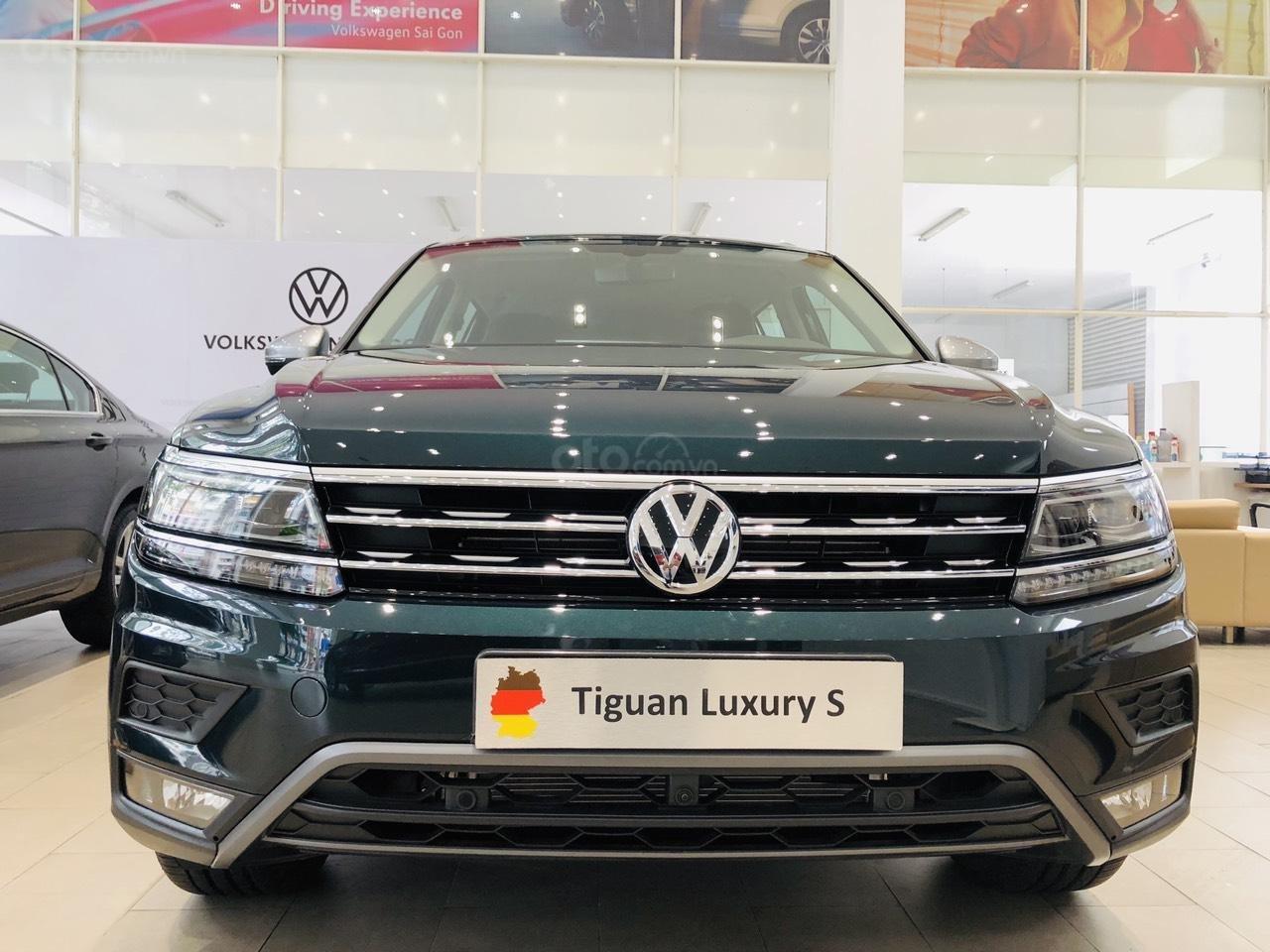 Volkswagen Tiguan Luxury S xanh rêu lạ mắt - xe Đức nhập khẩu 100% - giao ngay (2)