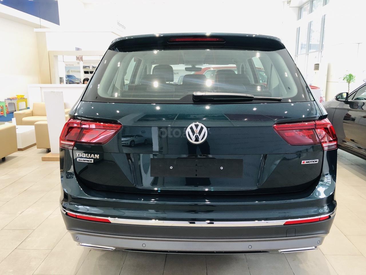 Volkswagen Tiguan Luxury S xanh rêu lạ mắt - xe Đức nhập khẩu 100% - giao ngay (8)
