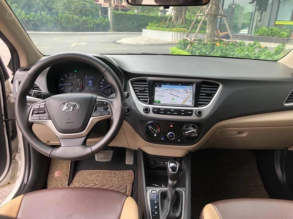 Bán xe giá thấp chiếc Hyundai Accent AT đời 2019, xe giá thấp, còn mới, động cơ ổn định (7)