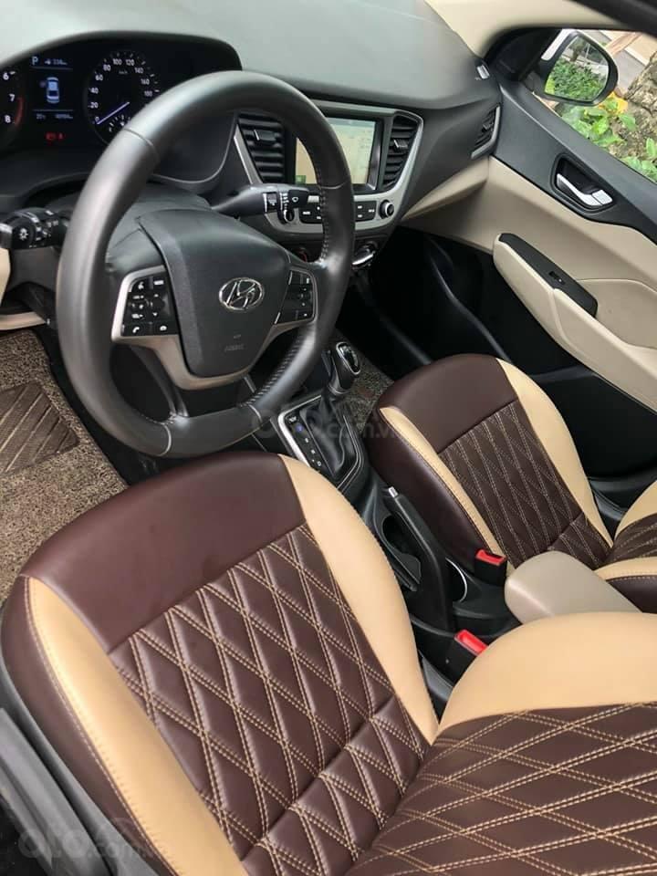 Bán xe giá thấp chiếc Hyundai Accent AT đời 2019, xe giá thấp, còn mới, động cơ ổn định (9)