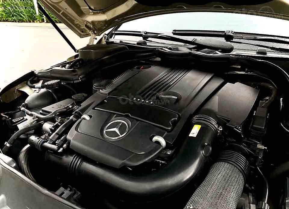 Bán ô tô Mercedes C200 năm 2012, nhập khẩu, giá tốt (2)