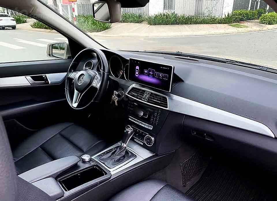Bán ô tô Mercedes C200 năm 2012, nhập khẩu, giá tốt (3)