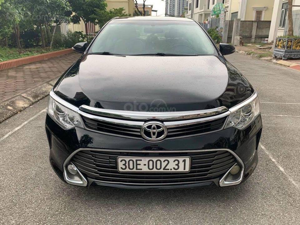 Toyota Camry sản xuất và đăng ký tháng 12/2015 phom mới (1)