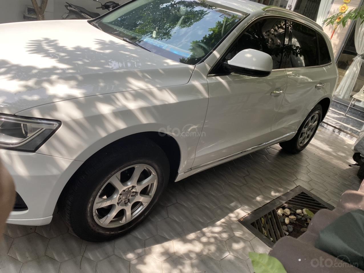 Chính chủ bán gấp xe Audi Q5 đời 2015, xe còn cực đẹp (2)