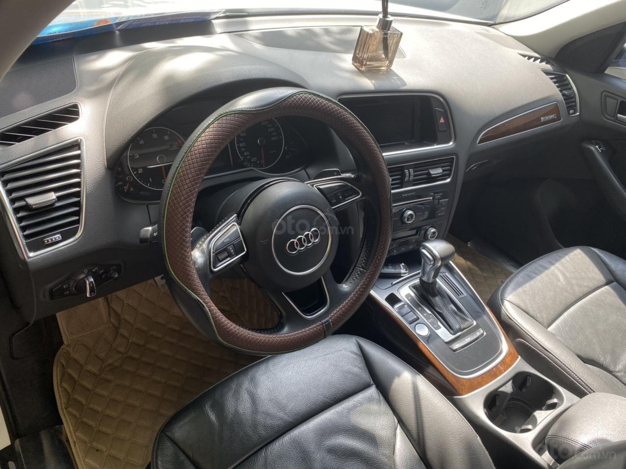 Chính chủ bán gấp xe Audi Q5 đời 2015, xe còn cực đẹp (7)