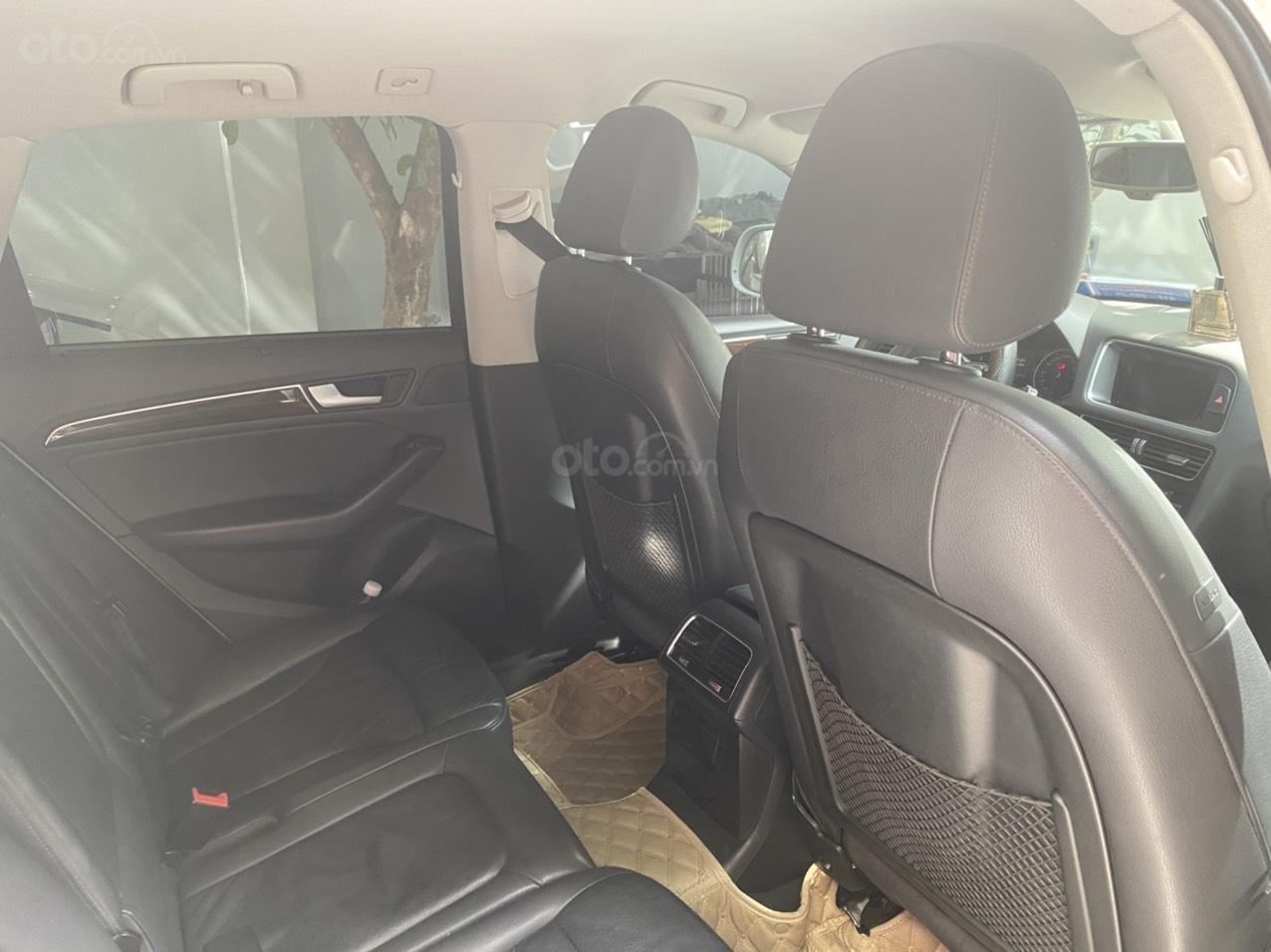 Chính chủ bán gấp xe Audi Q5 đời 2015, xe còn cực đẹp (8)